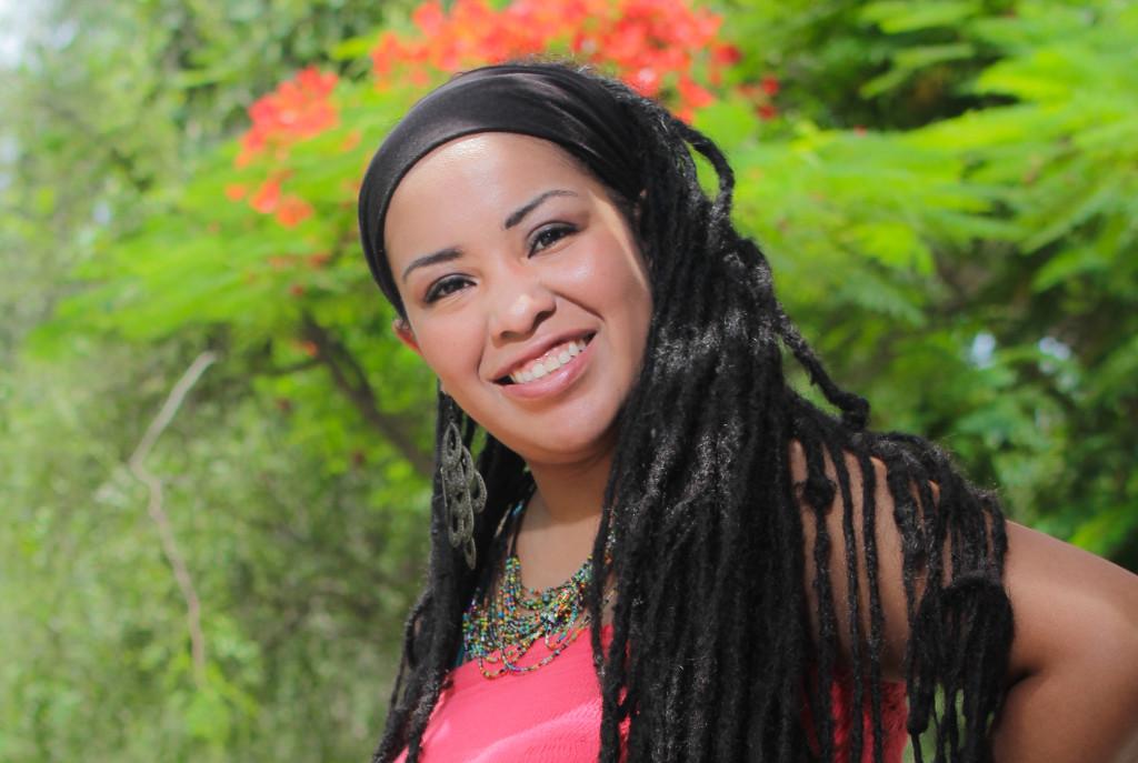 """La Reina del Reggae Peruano"" Ysabel Omega celebra 15 años ..."